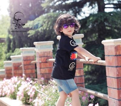 ژست عکس کودک در طبیعت / عکاسی در فضای باز / عکاسی فضای باز