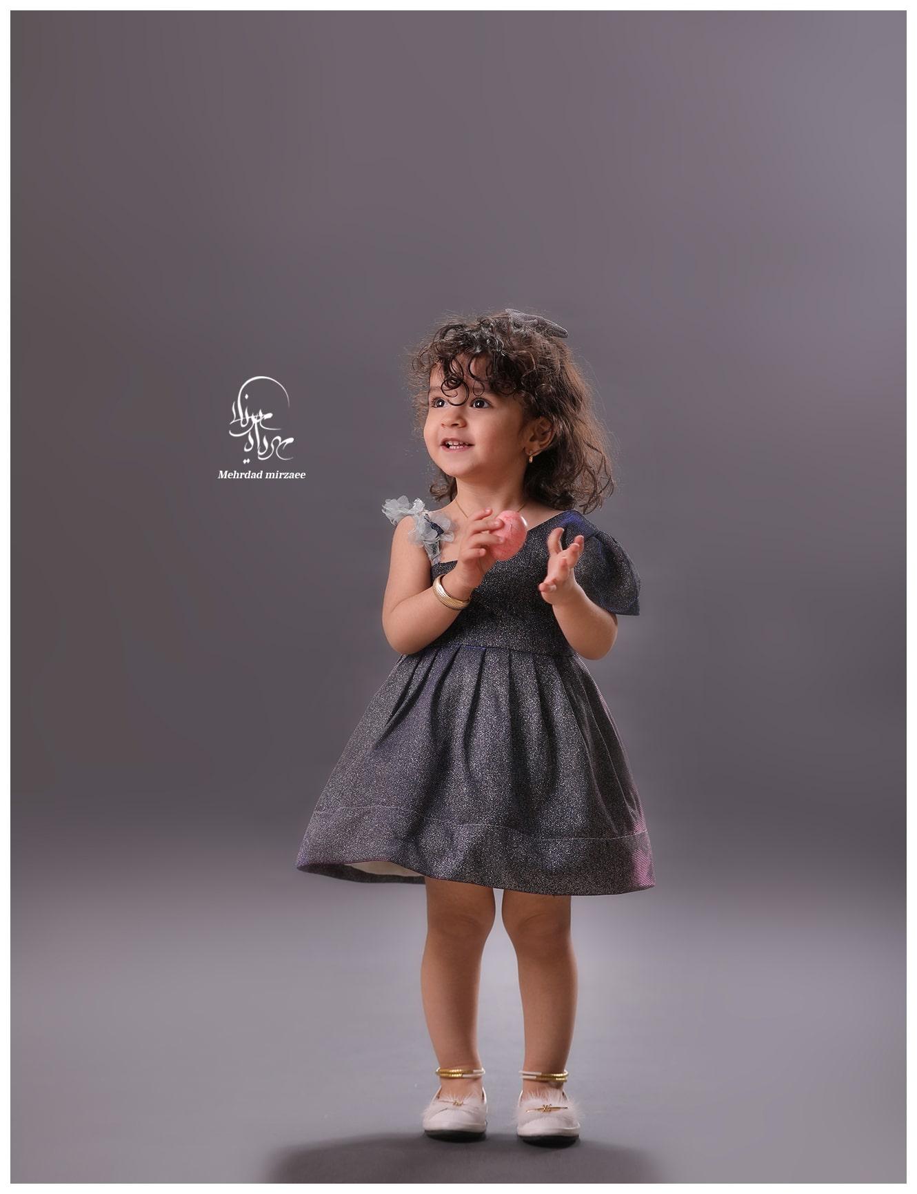 آتلیه کودک در کرج / آتلیه کودک / ژست عکس کودک دختر /عکس کودک /آتلیه کودک /