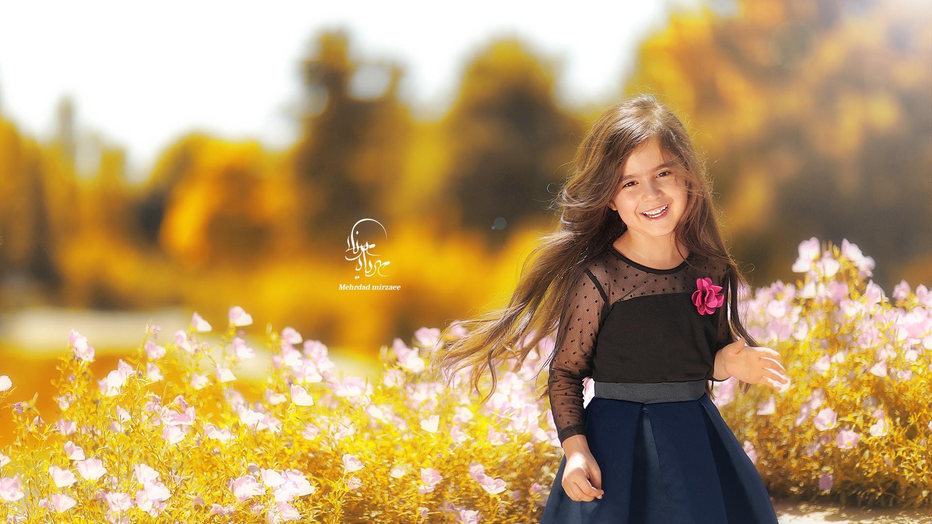 عکس کودک / فضای باز عکس پاییزی کودک /عکاسی فضای باز /