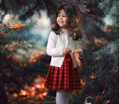 یست عکس کودک در طبیعت/ عکاسی در فضای باز / ژست عکس پاییزی کودکانه /عکاسی کودک /